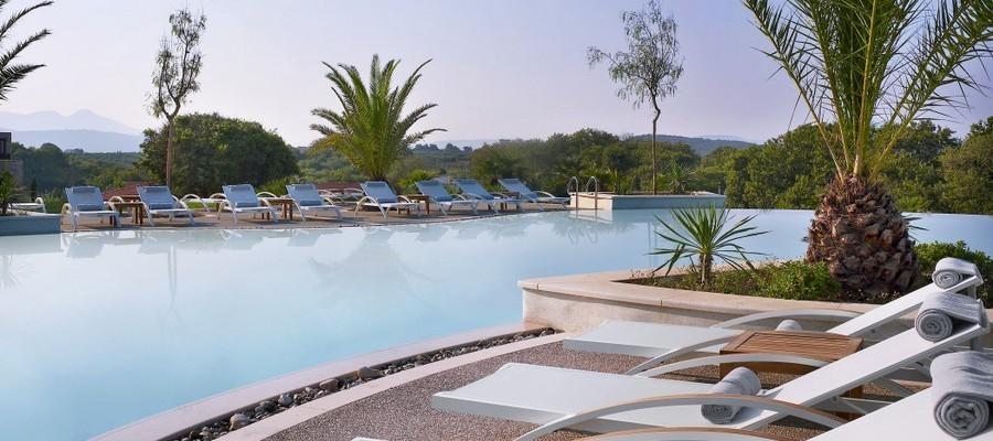 Westin Costa Navarino piscina