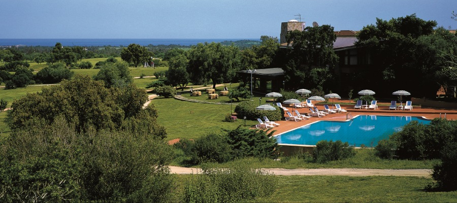 Is Molas Piscina golfvacanze