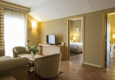 family suite acaya