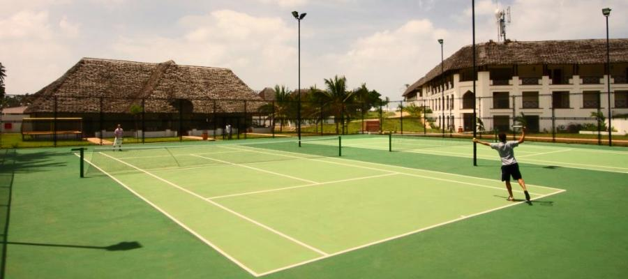 Seacliff_Resort_Spa_Tennis