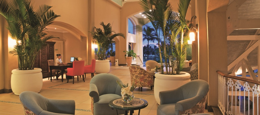 Sugar_Beach_Resort_Lobby-