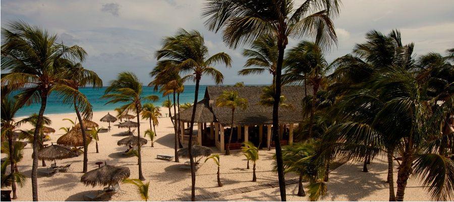 Manchebo_Beach_Resort_Spiaggia_3-golfvacanze.jpg