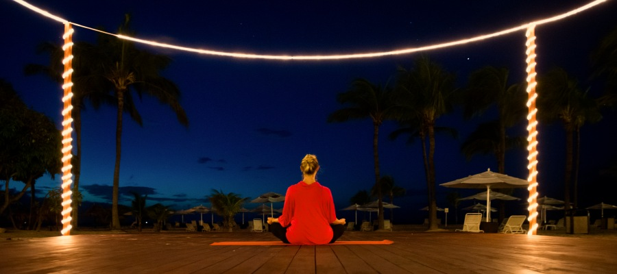 Manchebo_Beach_Resort_Yoga-
