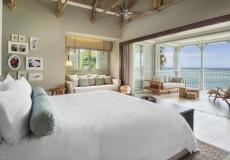 St-Regis-Beach-Front-Junior-Suite