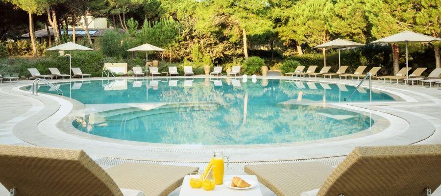 Is Arenas Resort Acentro